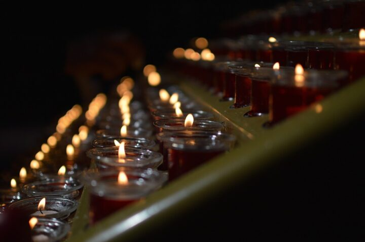 Usługi pogrzebowe w Łodzi – jak wygląda organizacja pogrzebu?
